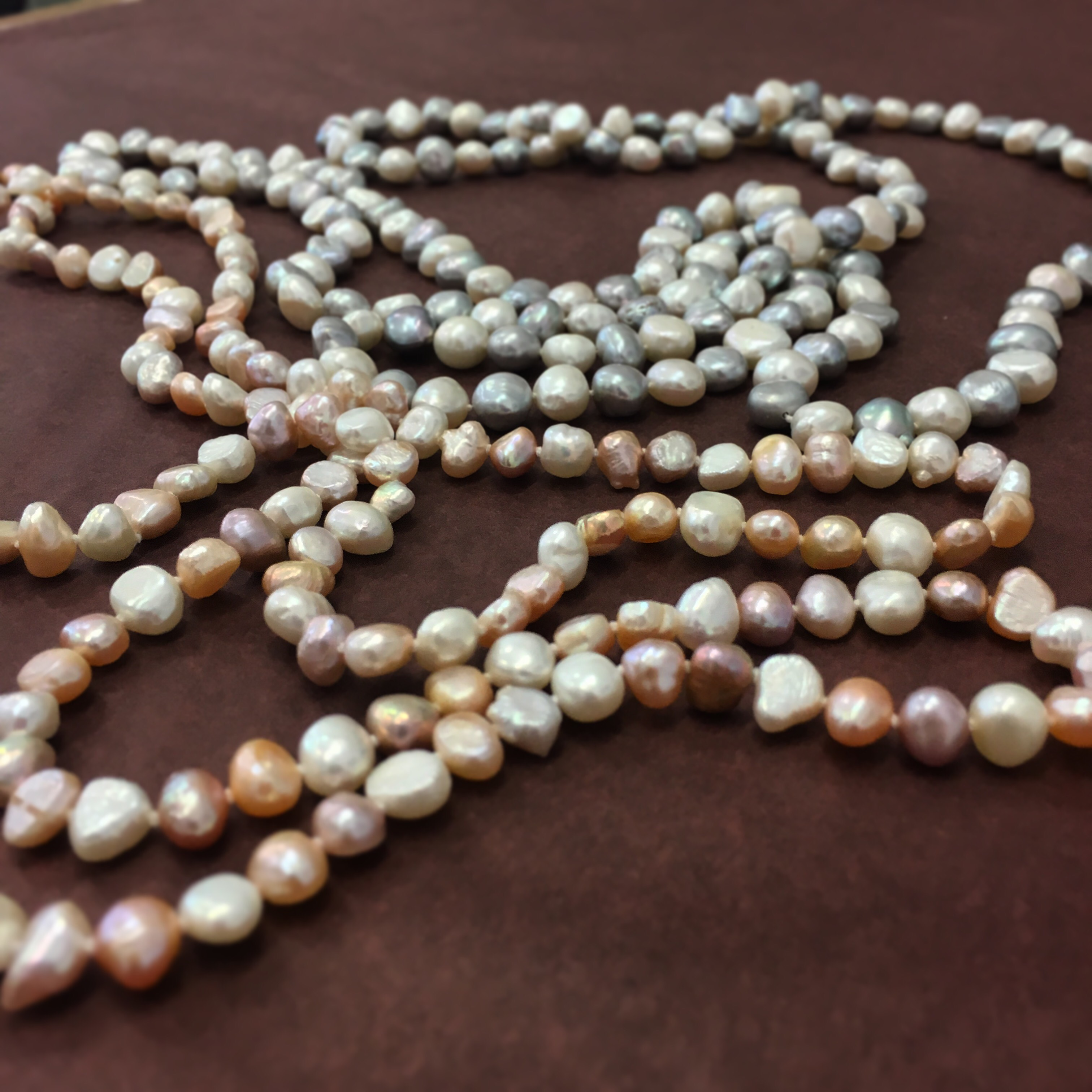 Pearl Knotting 2: Continuous Knotting
