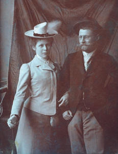 Karl Schönherr und seine Telfer Freundin Maria Pöschl