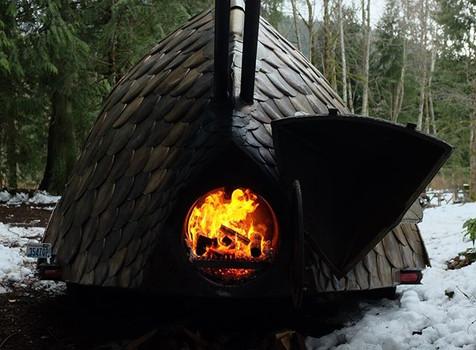 Fish tail fire. photo by _mackyswob_._.