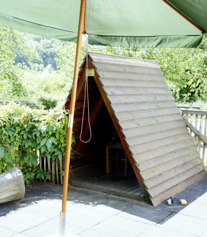 Nur-Dach-Haus