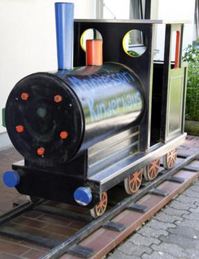 Eisenbahn am Eingang