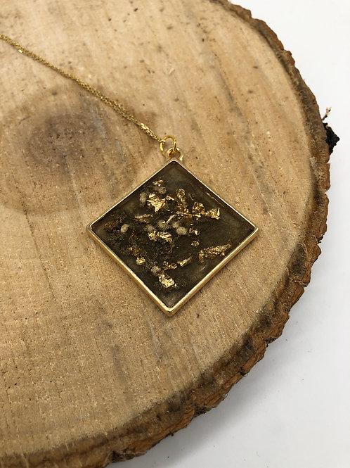 Gold Flaked Metallic Pendant