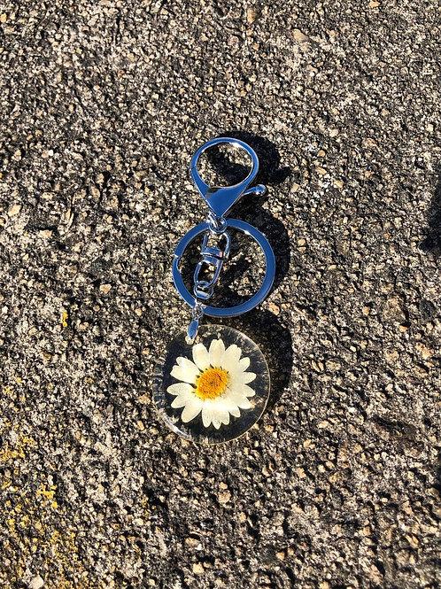 Cute Daisy Keychain, Cute Keychain, Floral Keychain, Gifts for Women