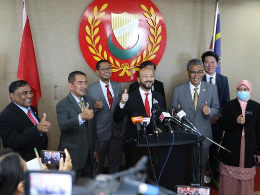 Mukhriz enggan letak jawatan MB, cabar PN buat usul undi tak percaya