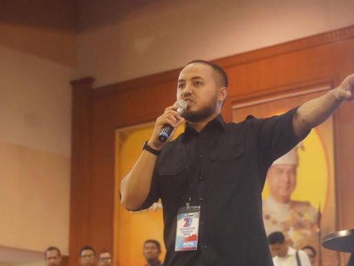 Agong perlu rujuk kabinet sebelum bertitah: 'Menteri PN menderhaka lagi' - Farhash