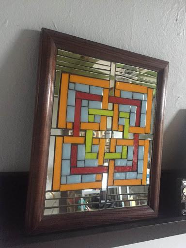 Mirrored Geometric