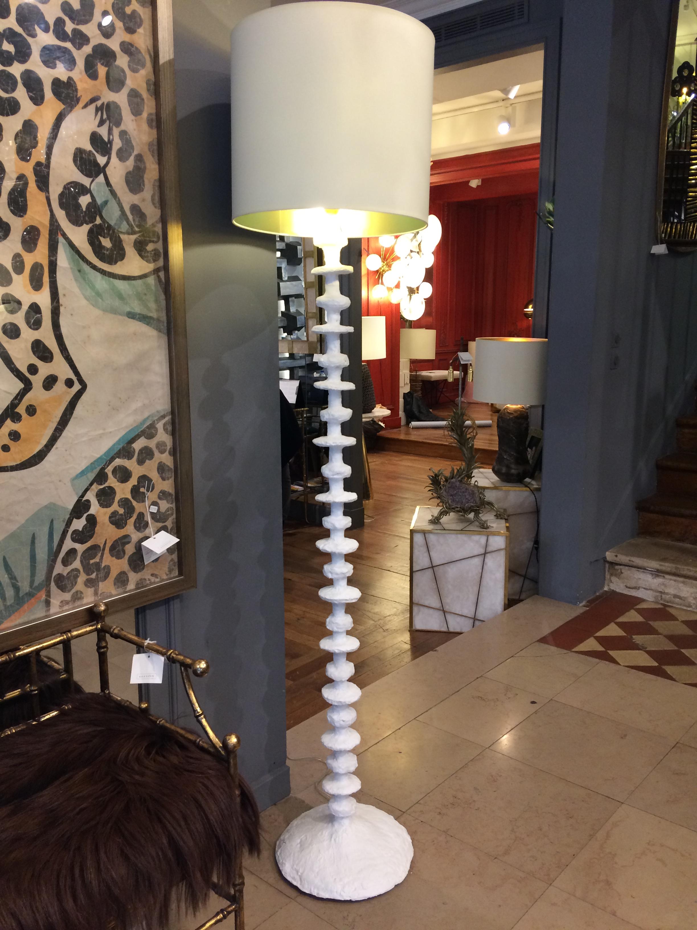 Cors lampadaire plaster_in situs