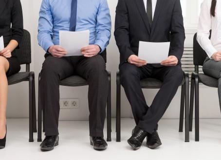 Qual o limite para os requisitos no anúncio de emprego?