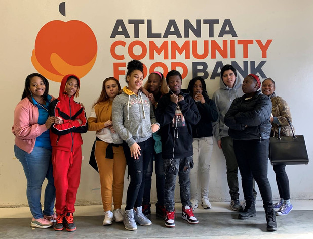 CIS of Atlanta Students Volunteer at Food Bank