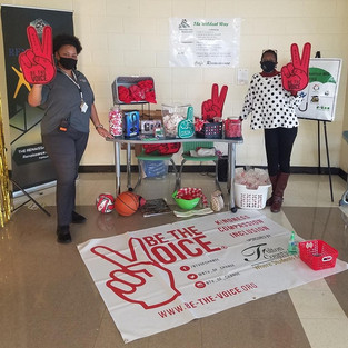 "CIS of Atlanta Site Coordinator Rewards Scholars and Helps Them ""Be The Voice"""