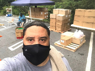 CIS of Atlanta Site Coordinator Assists in Mobile Food Pantry