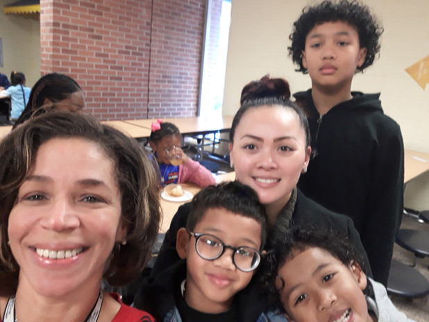 """CIS of Atlanta Team Encourages Parent Involvement with Monthly """"Moms with Muffins"""" Event"""
