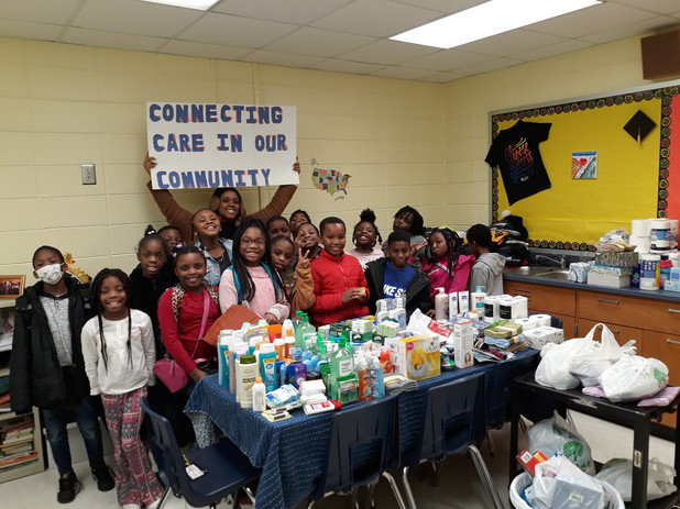 CIS of Atlanta Elementary Students Create Gift Baskets for the Elderly