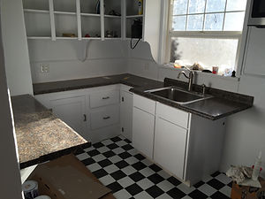 Kitchen (2).jpg