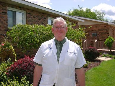 Dr Allen Meyer