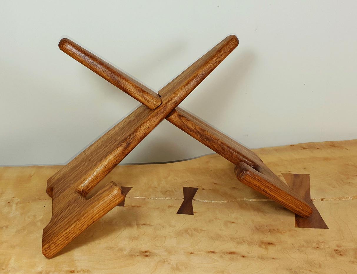 brown oak tablet stand