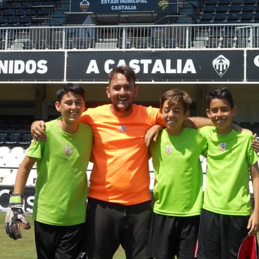 Marc, Sergi y Marcos con Rafa.jpg