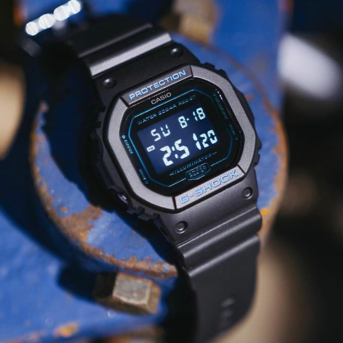G shock Square