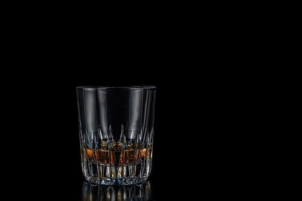 Whiskey glass for creatives