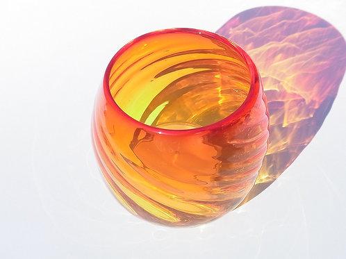 琉球グラスとティーライトHandmade Ryukyu Glass Red with scented tea lights