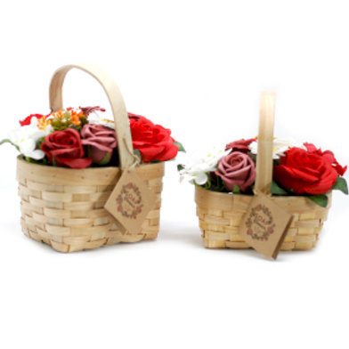 The bouquet consists of 10 roses, 2 hyacinths, 1 sunflower