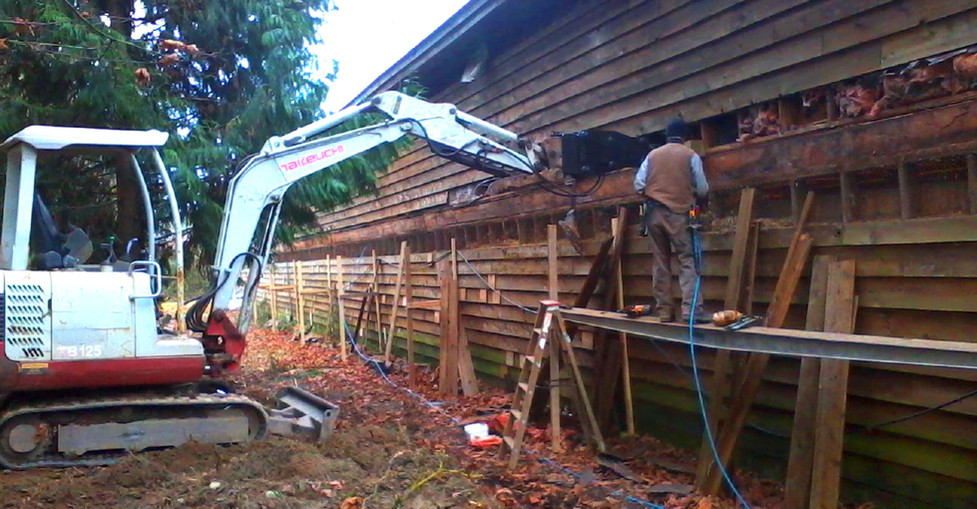 Mini Excavator - Multi Use