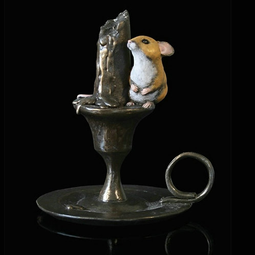 Mouse on Candlestick