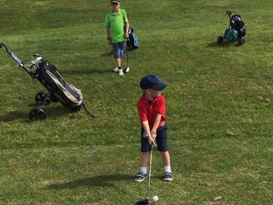 Golfing Champs
