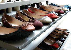 大量生産される靴