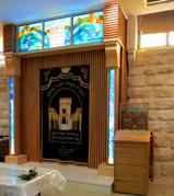 ויטראז' בבית כנסת חבד בתל אביב