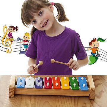 ילדים לומדים לנגן ולשיר
