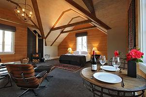 aurum-vineyard-stay.jpg