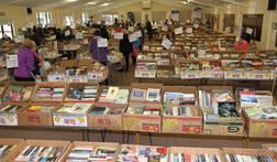 Book Sale 002E.jpg