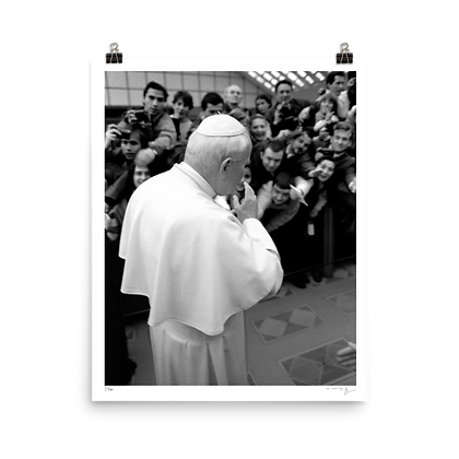 Il Papa as seen by Mister Lynch
