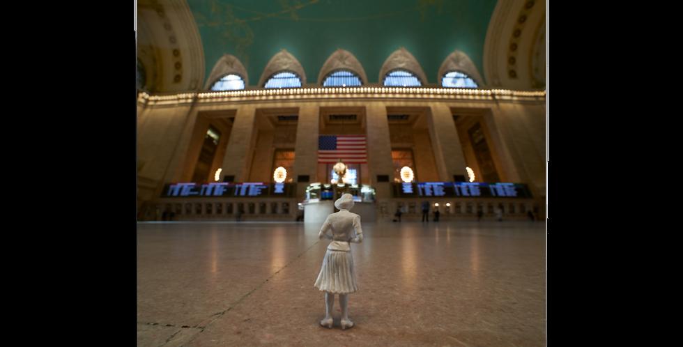 Grand Central Contemplation