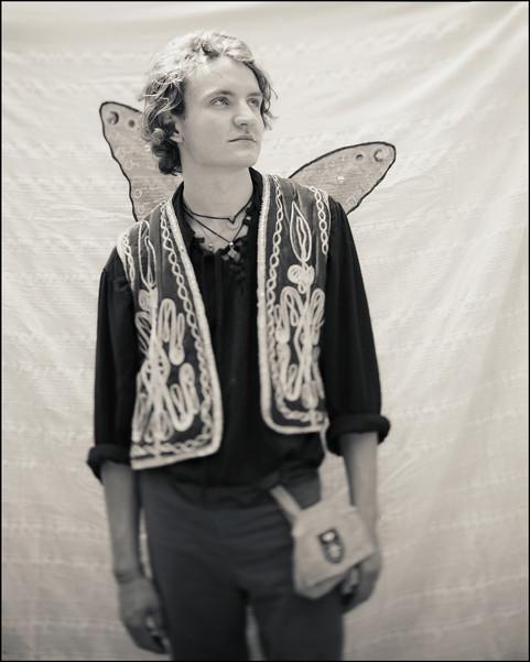 FolkFestival_Wings_border_web.jpg
