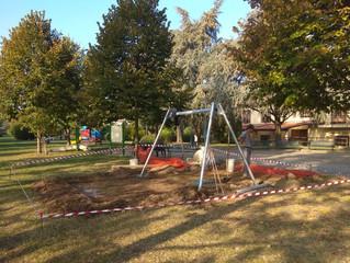 Prosegue il rinnovamento dei parchi gioco dedicati ai bambini... l'Amministrazione non si ferma