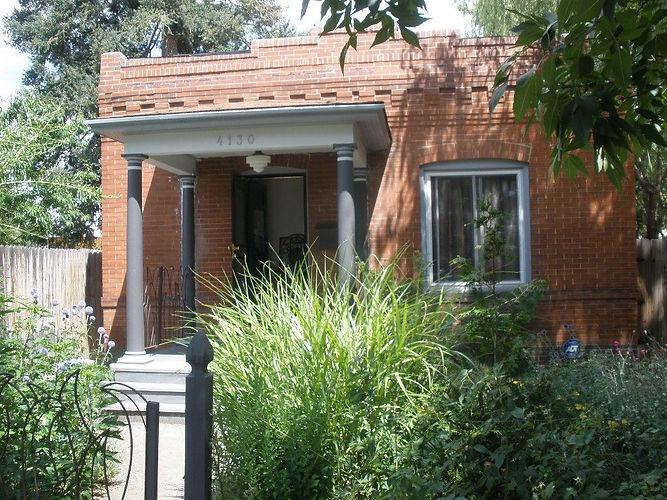 Sunnyside | Deviree Vallejo Real Estate
