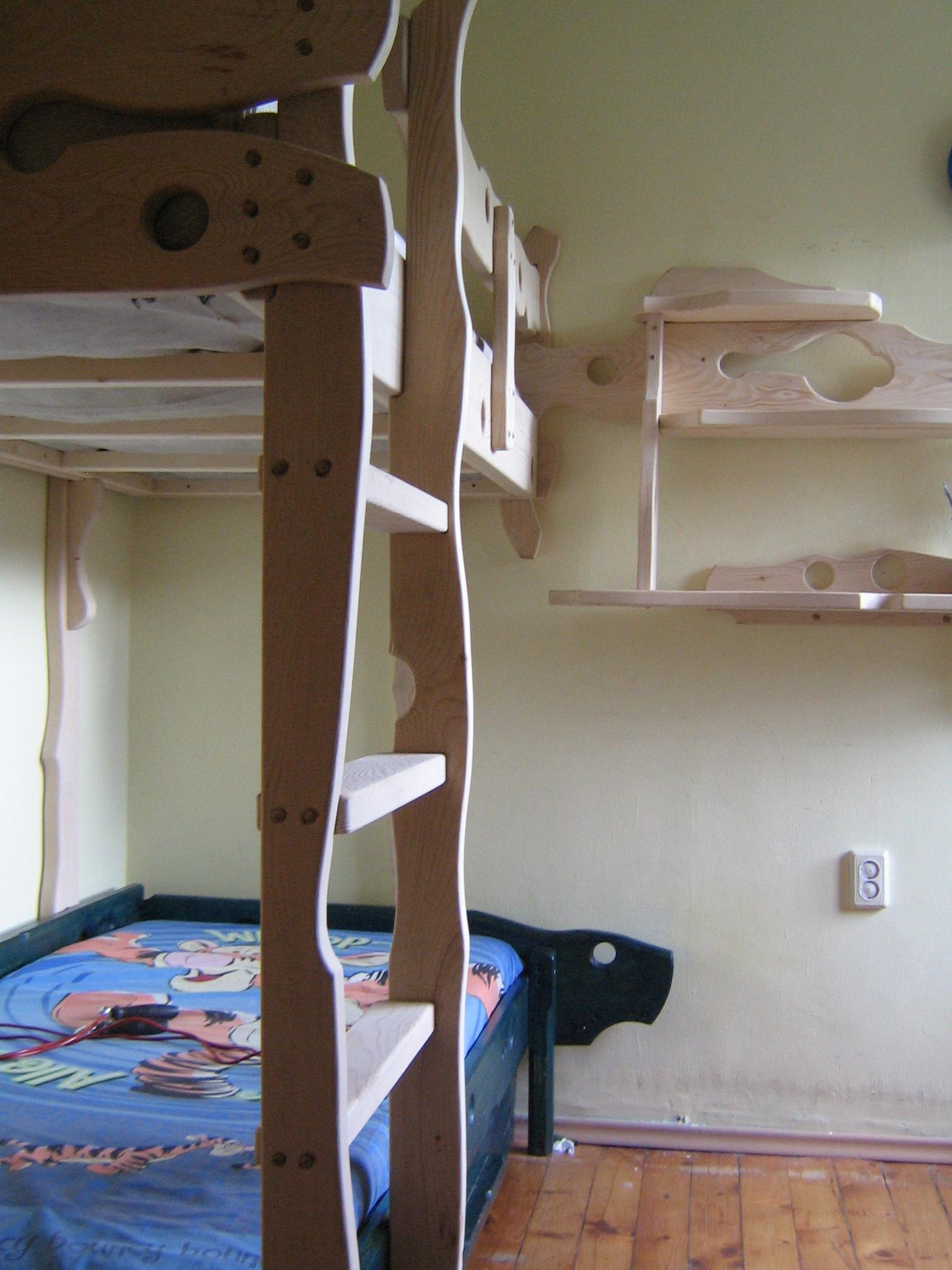 """Детска стая - """"Бате Любчо"""""""