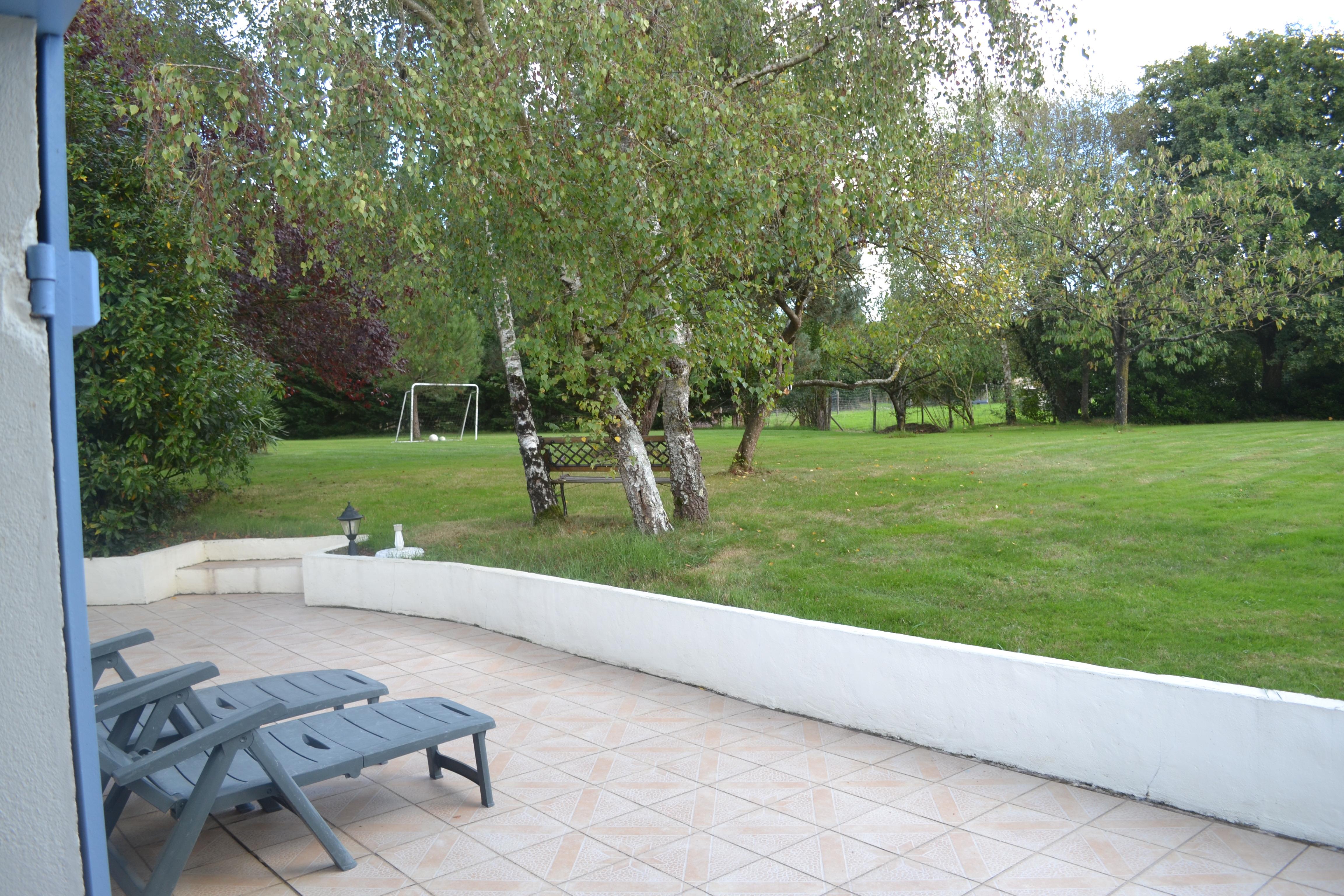 """la terrasse """"vue sur le jardin"""""""