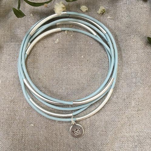 Sence — 5 Bracelets cuir bleu ciel et laiton argenté