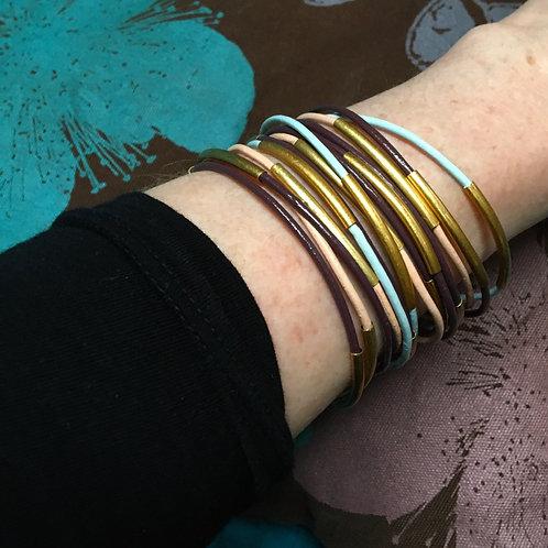 Sence — 5 Bracelets cuir prune et laiton doré