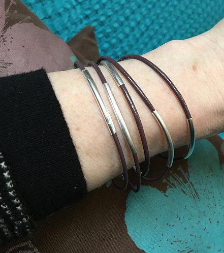 Sence — 5 Bracelets cuir prune et laiton argenté