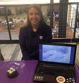 Sarah Winnicki at the Ask a Scientist Table