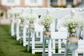 Mason-jars-as-wedding-decor1.jpg