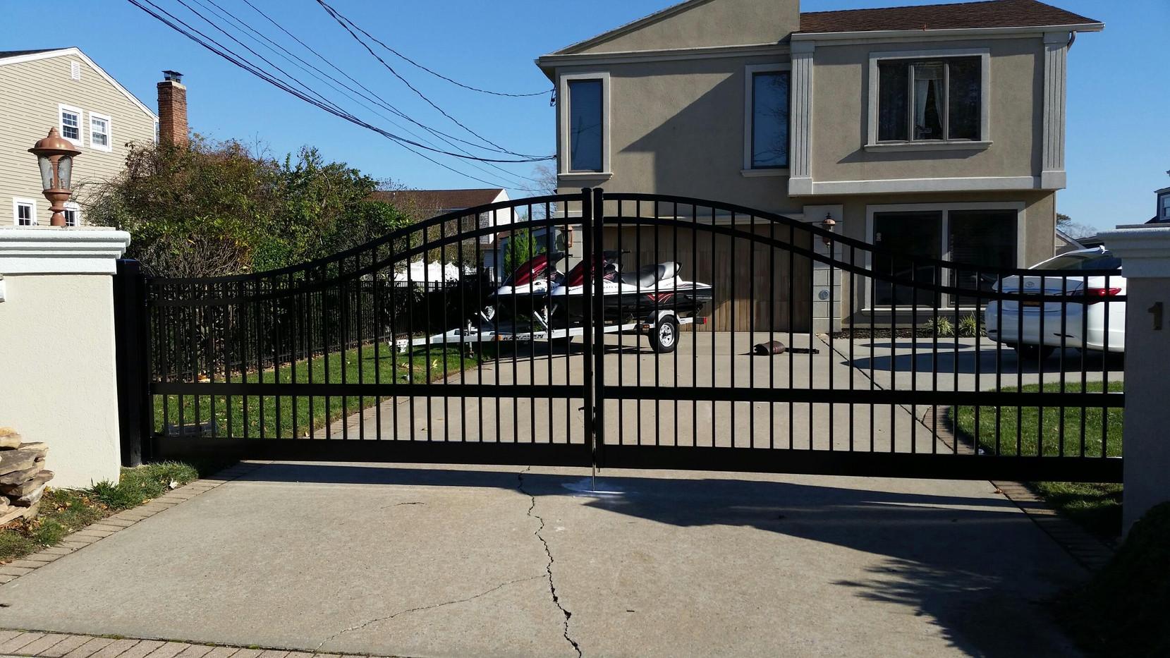 Aluminum Double Drive Gate
