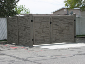 SimTek Ecostone Fence