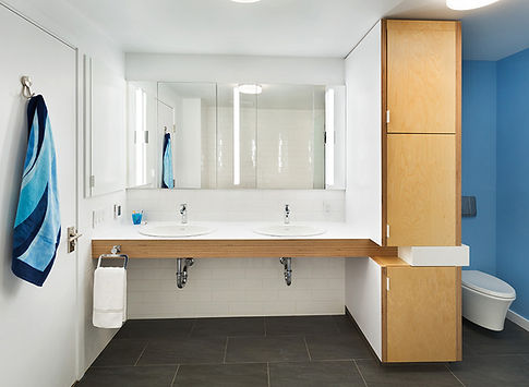 Manhattan Triplex modern kids bathroom