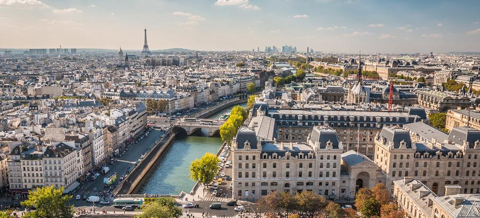 Paris à destination des particuliers : de 200 000€ à 600 000€. T2, T3 et T4.
