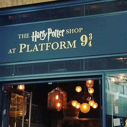 Platform 9 & 3/4 Shop @ King's Cross Station